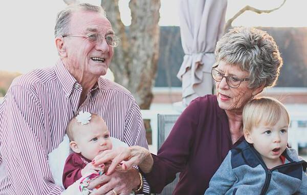 ¿Tienen los abuelos derecho a un régimen de visitas con sus nietos?